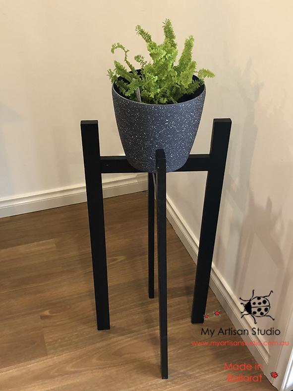 Pot plant stand Ballarat Gifts